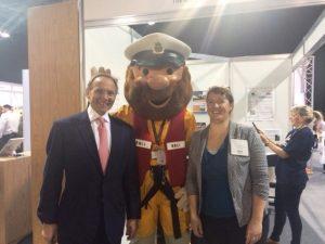 Janina with Chief Executive of the Civil Service John Manzoni at Civil Service Live