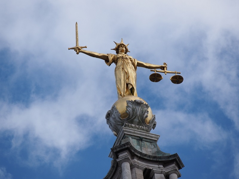 Statue of Justice at the Old Bailey London